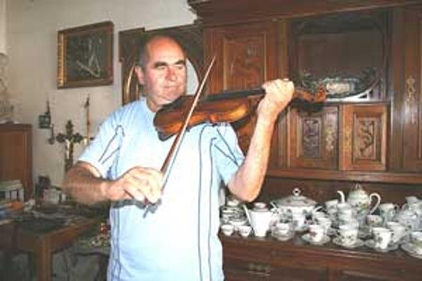 Vladimír Krištof o svojej láske k husliam hovorí rád.