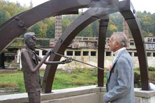 Monument nie je len spomienkou ale aj symbolom dediny.