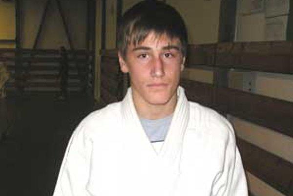 Džudista kristián Slíž nedal na majstrovstvách Slovenska súperovi žiadnu šancu.