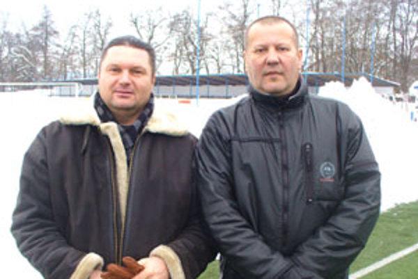 L. Líška (vľavo) a Ivan Závracký sú s priebehom zimnej prípravy spokojní.