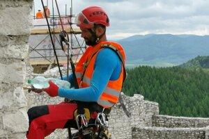 Horolezci - záchranári.