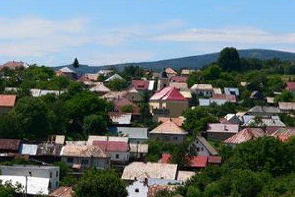 Pri poslednom sčítaní obyvateľstva v roku 2001 žilo v Šoltýske 165 ľudí. Dnes ich je 129.