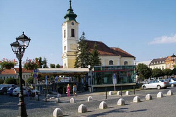 Rimavská Sobota má aktuálne približne 23 600 obyvateľov.