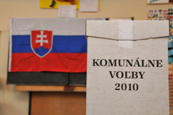 Komunílne voľby 2010.