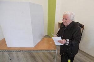 V Košiciach odvolili prví voliči.