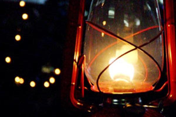 Roznášanie betlehemského svetla do miest a obcí v SR vyvrcholí vo štvrtú adventnú nedeľu - 19. decembra 2010.