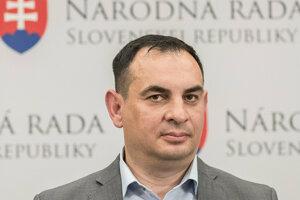 Peter Pollák (OĽaNO) by sa mal stať prvým slovenským rómskym europoslancom