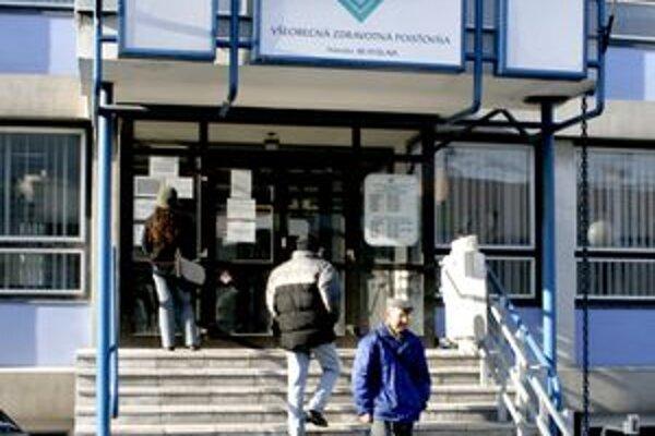 Všeobecná zdravotná poisťovňa eviduje viac ako 450-tisíc neplatičov a takmer 5 miliónov pohľadávkových položiek. Ich celková suma predstavuje viac ako 339 miliónov eur.