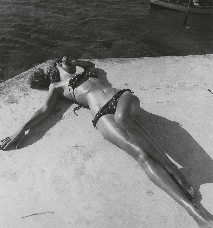 Bikini. Míľnik v ženskej móde.Fotené pre Harper´s Bazaar na Jamajke v roku 1945.