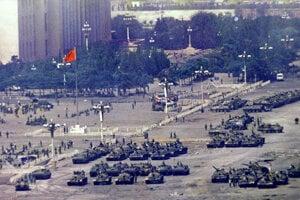 Tanky na námestí Tchien-an-men v roku 1989.