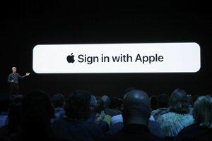 Funkcia Sign in with Apple umožní bezpečnejšie prihlásenie bez uvádzania osobných údajov.