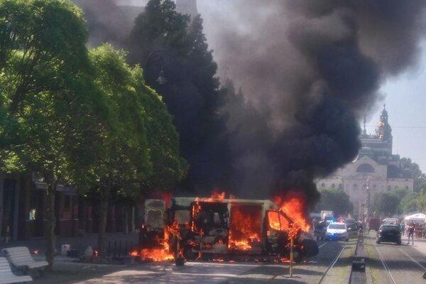 Požiar auta na košickej Hlavnej.