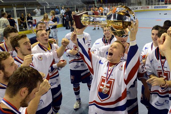 Slovenský hokejbal patrí do najužšej svetovej špičky.