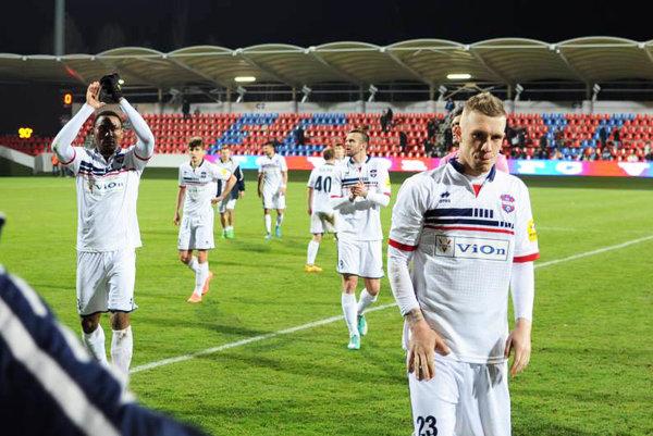 Futbalisti FC ViOn po remíze so Slovanom zožali potlesk zlatomoravského publika. Už v utorok ich čaká pohárový zápas s Ružomberkom.