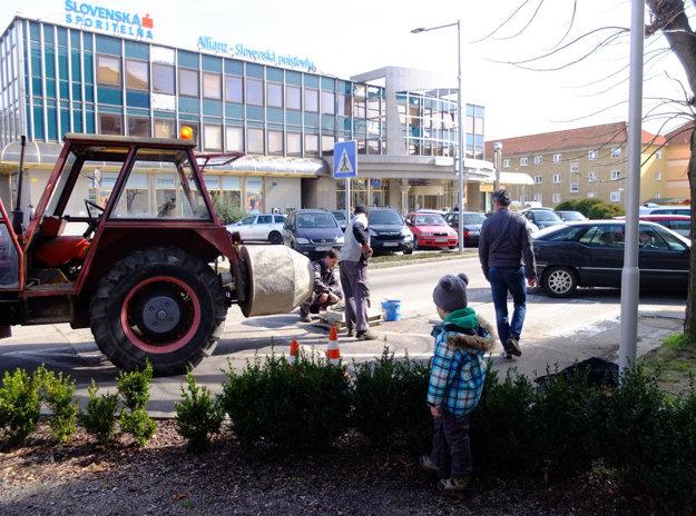 Mesto vysvetľuje, prečo ukrojilo z parkoviska.