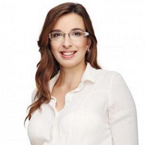 Simona Petrik.