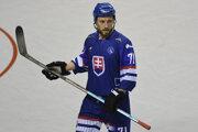 Nedávno si zahral aj na hokejbalových majstrovstvách sveta, kde slávil so slovenskou reprezentáciou úspech v podobe zisku titulu majstra sveta. V hokejovom ponímaní ostáva Patrik Svitana aj naďalej hráčom Popradu.