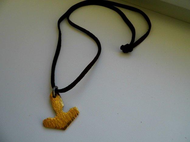 Ľudia vraj verili, že keď budú nosiť Thorov náhrdelník, Boh Thor ich ochráni.