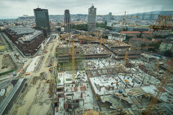 Stavbu chcú dokončiť do roku 2020.