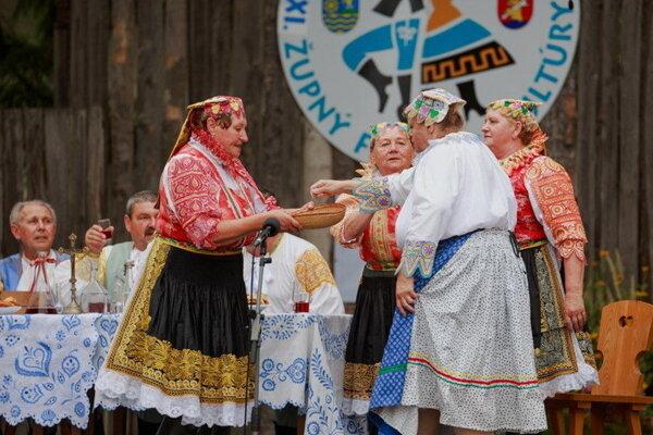 Folklórne slávnosti majú v Krakovanoch polstoročnú tradíciu.