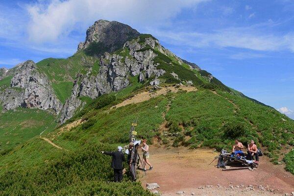 Široké sedlo pod Ždiarskou vidlou v Belianskych Tatrách.