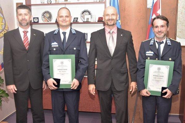 Nitrianski policajti sa poďakovali maďarským kolegom.