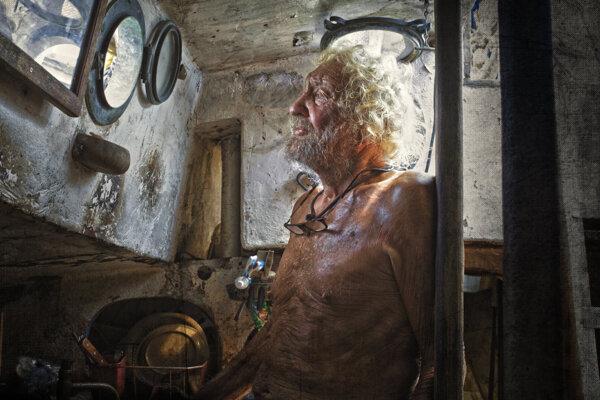 Paul Johnson prežil na lodi celý život. Slovenská dokumentaristka Lucia Kašová o ňom pripravuje film.