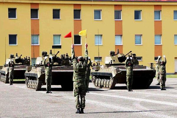 Vojaci sa na prehliadku pripravujú už v týchto dňoch.