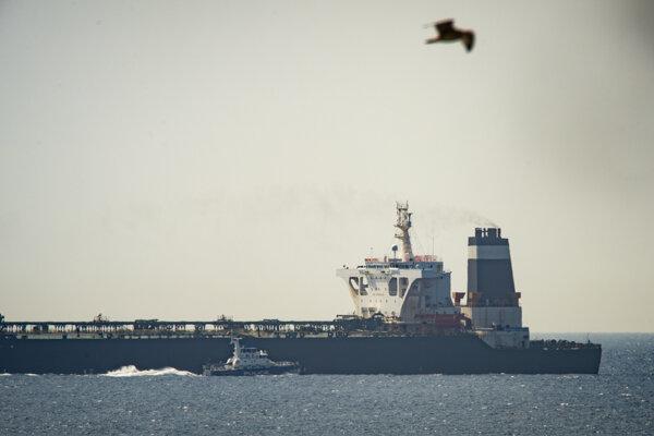 Supertanker Grace 1 zadržali vo vodách Gibraltáru vo štvrtok ráno.