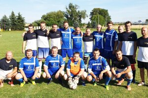 V modrých dresoch víťazní Old boys.