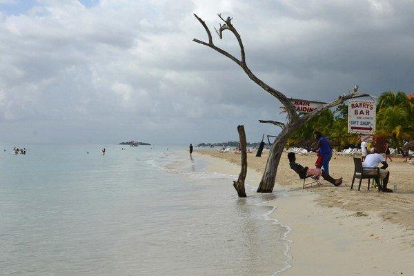 Zmena klímy ohrozuje pobrežia aj  rieky. Generálny taojmík OSN Pan Ki-mun vyzýva na rýchle zmeny.