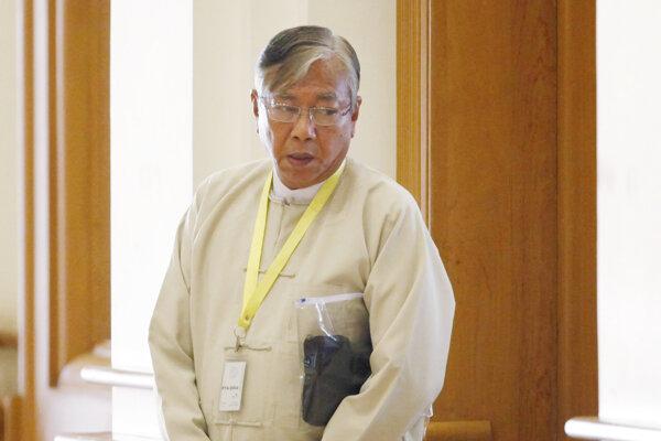 Novozvolený prezident Tchin Ťjo.