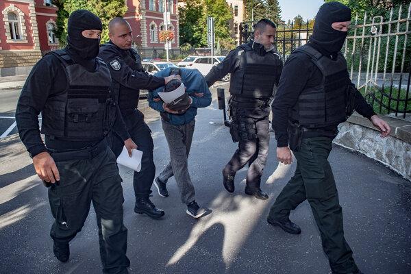 Petra P. zadržali vlani pre podozrenie z vraždy advokáta a poslanca Rakovského.