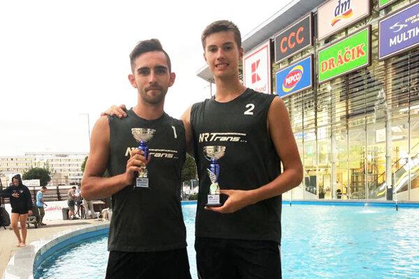 Matúš Krajčo a Michal Kilian zaznamenali pekný úspech na beach volejbale v Košiciach.