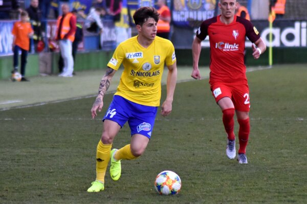 Albánskemu bekovi Llazarosovi Rotovi vypršal dlhý trest a je trénerom opäť k dispozícii.