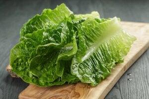 V jedinom veľkom liste rímskeho šalátu sa nachádza viac než desatina dennej dávky vitamínu A.