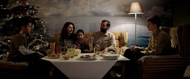 Snímka z filmu Nech je svetlo