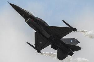 F16 Grécko.