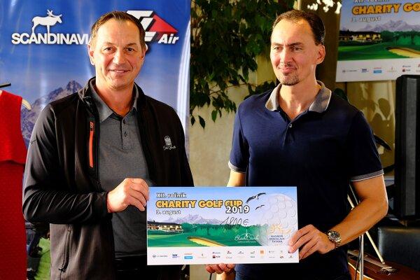 Peter Bondra s Miroslavom Šatanom aj tento rok podporili dobrú vec.
