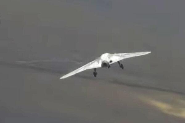 Nový ruský vojenský dron Suchoj.