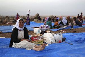 Jezídi v utečeneckom tábore Derika v Sýrii.