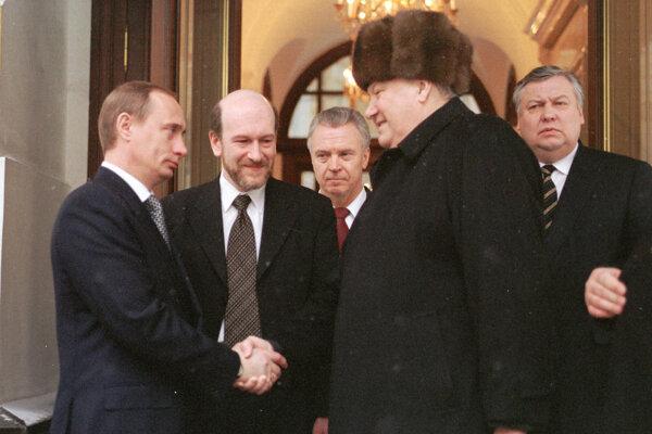 Boris Jeľcin skončil ako prezident 31. decembra 1999.