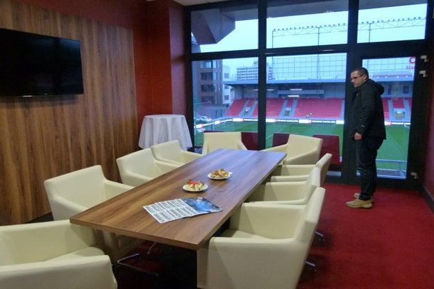 Sledovať zápasy v City Arene môžu fanúšikovia aj zo Sky boxu.