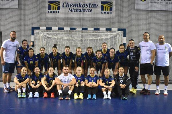 Hádzanárky Iuventy Michalovce na domácom turnaji obsadili konečnú tretiu priečku.