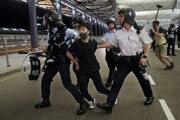 Zásahmi policajtov sa to skončiť nemusí.