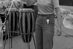 Začínajúca speváčka Marika Gombitová.