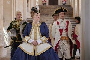 Historické kostýmy boli špeciálne vyrobené pre minisériu.