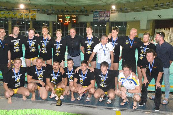 Vodní pólisti ŠK Hornets Košice sa už pripravujú na novú sezónu.