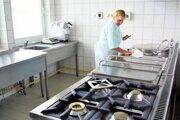 Vedúca školskej jedálne v Košťanoch nad Turcom hovorí, že bez modernizácie vybavenia by obedy zadarmo nezvládli.