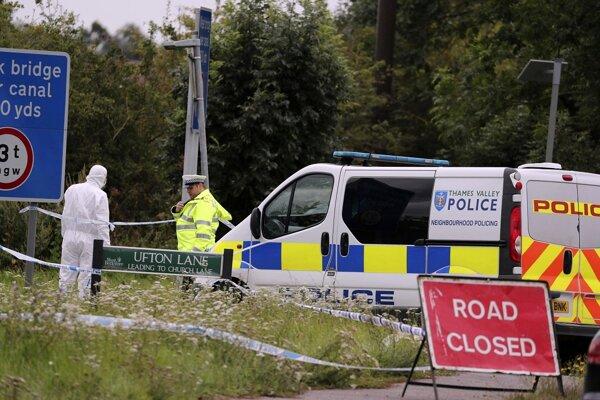 Polícia na mieste vraždy.